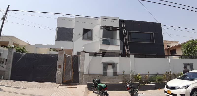 1000 Sq Yards Brand New Super Luxury With Basement House Urgent Sale