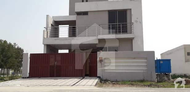 12 Marla Beautiful House For Rent At Beautiful Location In Lake City Lahore