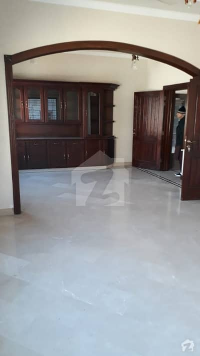 At Prime Location Totally Independent One Kanal Open Basement