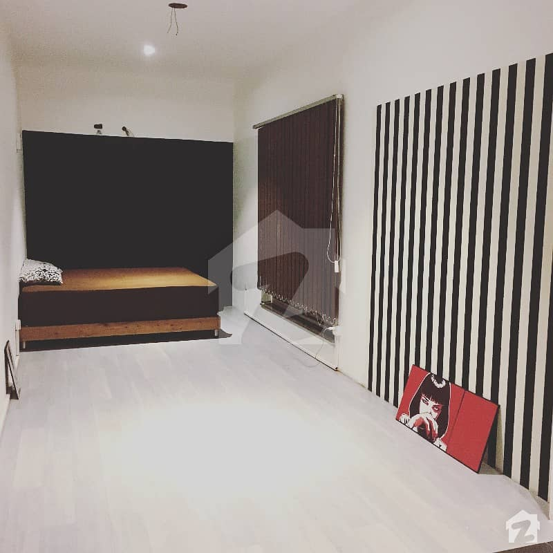 Artistic Semi Furnished Room In Dha Phase 7