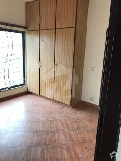 Valencia 1st Floor Flat Rent For Office