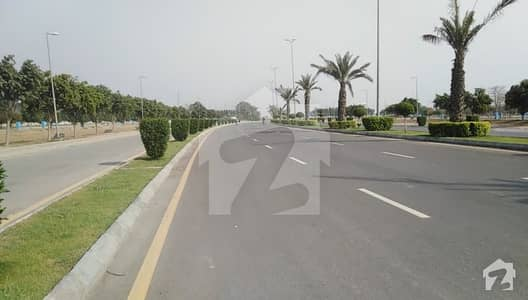 Good Location Plot For Sale In Bahria Town Lahore