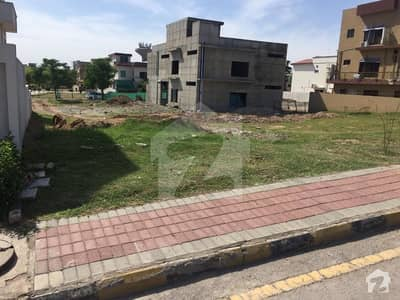 1 Kanal Plot No 1101 For Sale In Bahria Town Phase 7