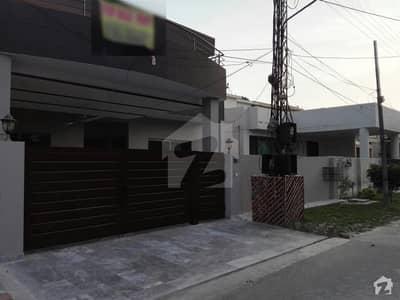 عسکری 3 عسکری لاہور میں 4 کمروں کا 13 مرلہ مکان 2. 8 کروڑ میں برائے فروخت۔