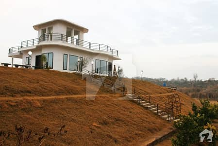 1 Acre Farm House Available In Bahria Town