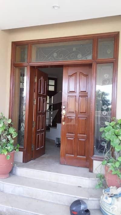 ڈی ایچ اے فیز 1 - سیکٹر ایف ڈی ایچ اے ڈیفینس فیز 1 ڈی ایچ اے ڈیفینس اسلام آباد میں 5 کمروں کا 14 مرلہ مکان 75 ہزار میں کرایہ پر دستیاب ہے۔