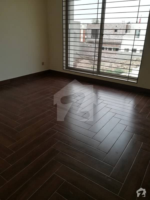 Buch villas studio partment 2nd floor brend new near to men gete commercial palazza hot location