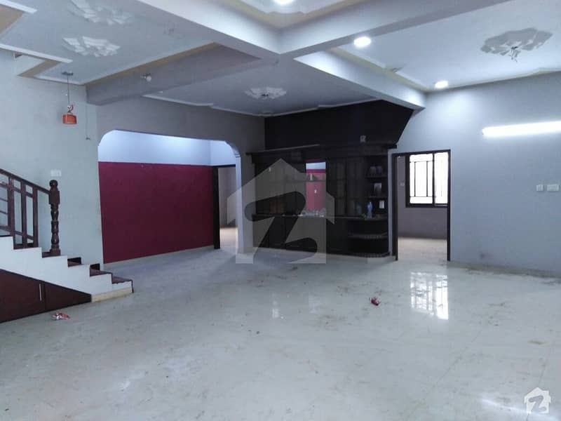 400 Yards House For Sale In Vip Block 14 Johar