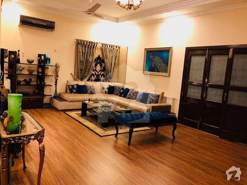 Beautiful 22 Marla Villa In Bahria Town Executive Lodges