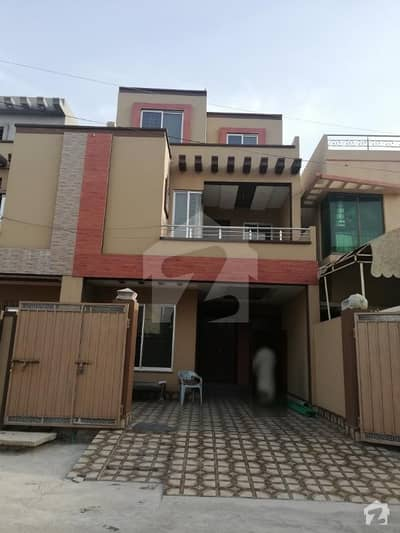 8 Marla Brand new house house in cheap price