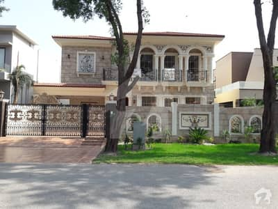 Spanish 1 Kanal  Brand New Bungalow Is  For  Sale  On Prime Location Of Dha