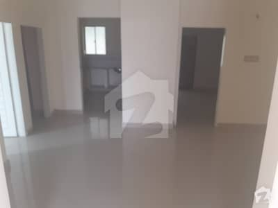 5 Rooms Ready Apartment For Sale