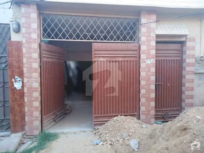 House For Rent 200 Sq Yard Single Storey 3 Rooms With Attached Bath Tv Lounge Kitchen & Car Parking