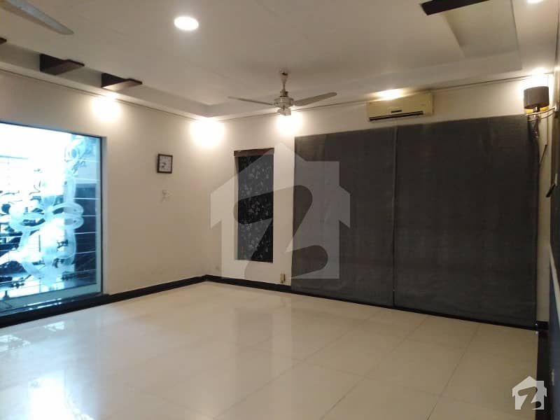 One Kanal  House For Rent Heart Of Dha Phase 4