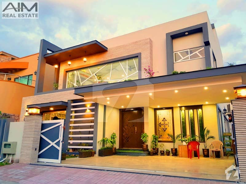 High Quality Spacious 5 Bed House For Sale