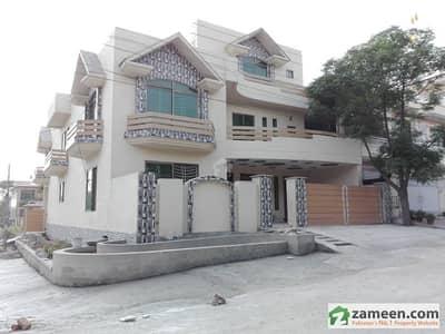 3200 Sq Ft Brand New Double Unit House Is Available