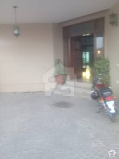 DHA PHASE 1 ONE  KANAL 7 BED HOUSE FOR RENT