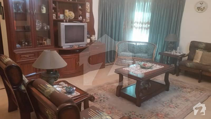 Fully Furnished 1 Bedroom Is Available For Rent  In 1 Kanal House