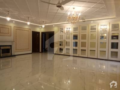1 Kanal Upper Portion Good Condition For Rent in Bahria Town Lahore