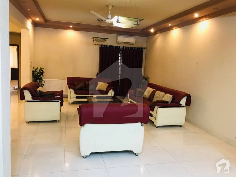 Huge Bright 4 Bedroom Apartment For Rent In Karakoram Enclave F-11