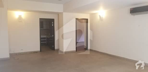 3rd Floor Flat Is Up For Rent
