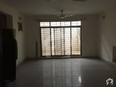 10 Marla 3 Bed Luxury Upper Portion Available For Rent In Askari 10 Sector C