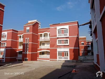 Pha flat for sale in g10