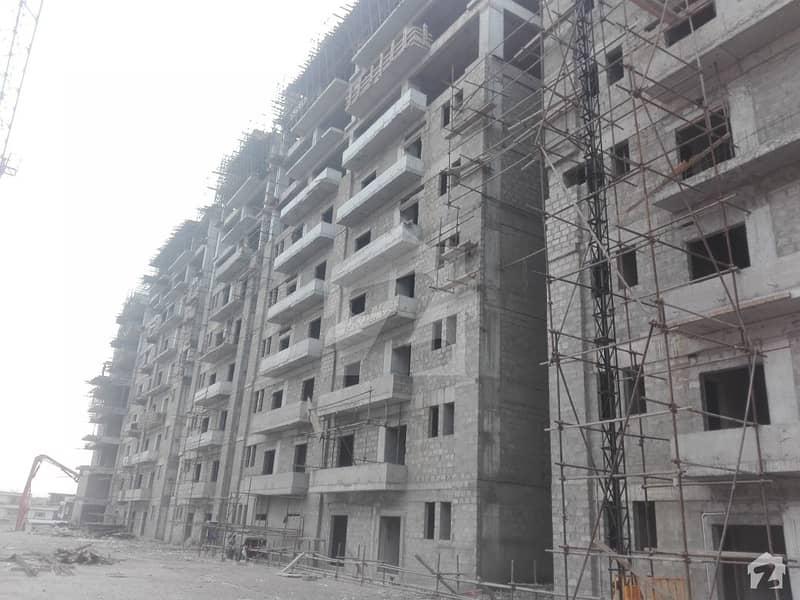 جی ۔ 13 اسلام آباد میں 3 کمروں کا 9 مرلہ فلیٹ 82 لاکھ میں برائے فروخت۔