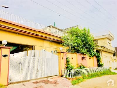 10marla adayla road sepreat single storey 3bed house