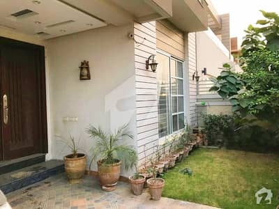 Syed Brothers Offer 10 Marla Brand New Beautiful And Modern Bungalow For Rent