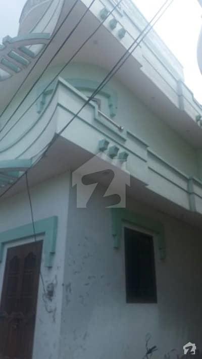 نواز شریف پارک روڈ گجرات میں 5 کمروں کا 4 مرلہ مکان 65 لاکھ میں برائے فروخت۔