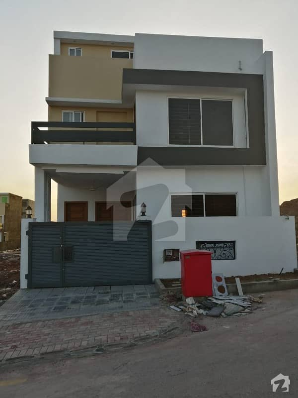 Sector H 5 Marla Brand New House At Height Location In The Heart Of Bahria Enclave