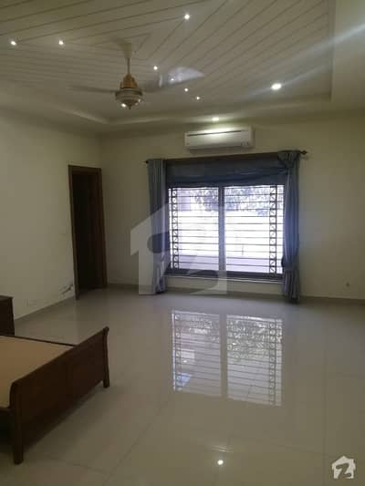 I-8 Out Class Portion Available For Rent Ideal Location