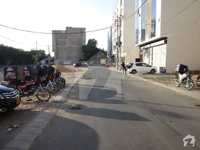 Main Shujaat Facing Well Maintain Office Floor In Bukhari Commercial Dha Phase 6