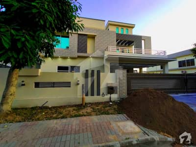 High Quality 1 Kanal Newly Construct Lavish Design Bungalow For Sale