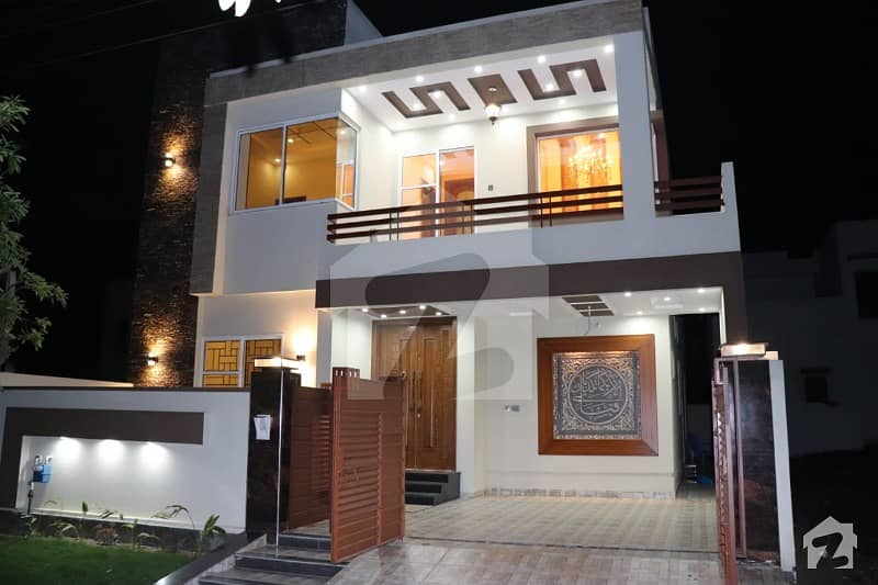 Super Quality 10 Marla Newly Constructed House For Sale