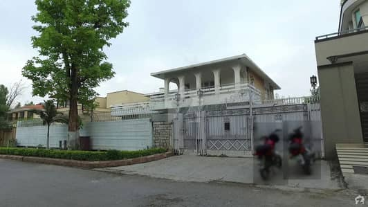 Liveable House Is Available For Sale In E7 Islamabad