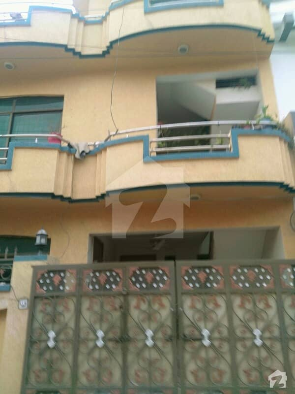 I-10/2 Size 25x60 Ideal Location House For Sale St No 33 Near Markaz