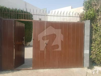 Drakhshan Villa For Sale 4 Beds Very Well Maintained At DHA Phase 5 Karachi