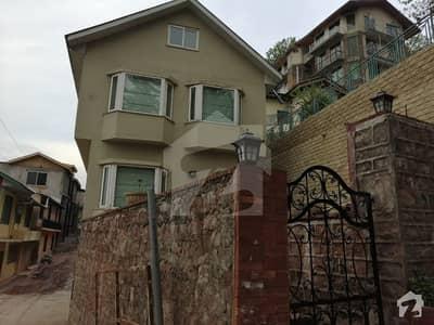 بھوربن مری میں 3 کمروں کا 6 مرلہ مکان 1.3 کروڑ میں برائے فروخت۔