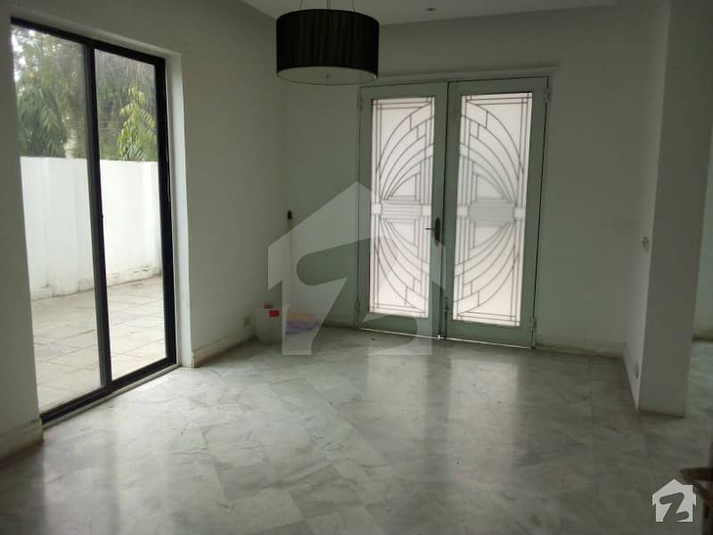 Al Noor Offer One Kanal House For Sale In Cantt