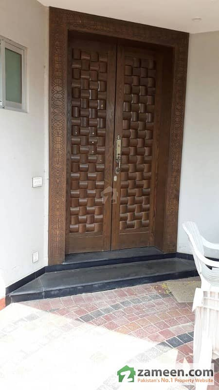 10 Marla Beautiful Double Unit Semi Furnished House For Sale In State Life Society