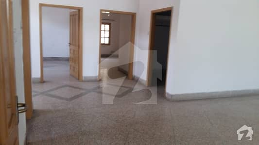 12 Marla Upper Portion For Rent At Prime Location