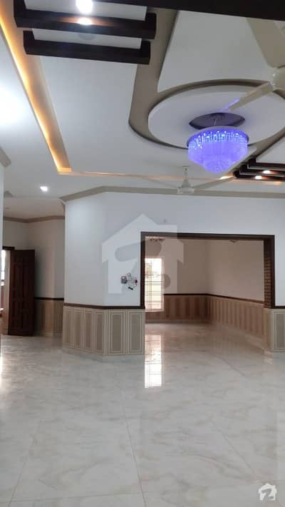 10 Marla House Is For Sale In Bahria Town
