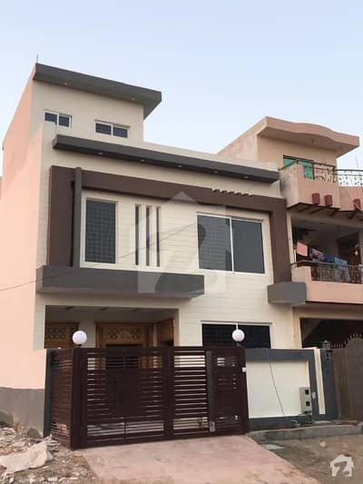 Beautiful 25 X 40 House For Sale In G-14