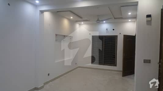 Lower Apartment For Rent With Sapret Gate Totely Real Pix Sunny Park