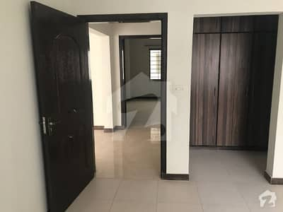 10 Marla 7th Floor Three Bedroom Apartment for Sale in Askari11