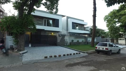 F-8 Brand New Luxury House With Top Of Line Constructions Available For Sale