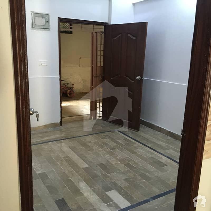 نارتھ کراچی - سیکٹر 5-کے نارتھ کراچی کراچی میں 2 کمروں کا 5 مرلہ فلیٹ 30 لاکھ میں برائے فروخت۔