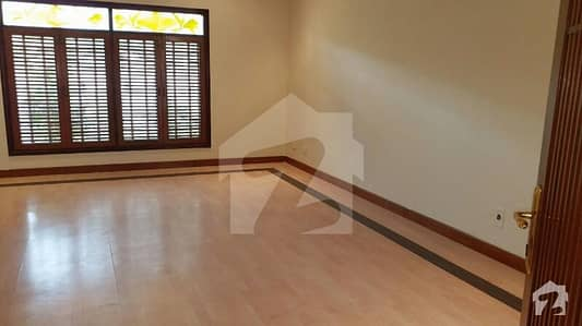Portion For Rent - 4 Bed Dd,  3 Year Old, Car Parking, Well Maintain